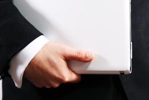 Jak prawidłowo sporządzić umowę o pracę